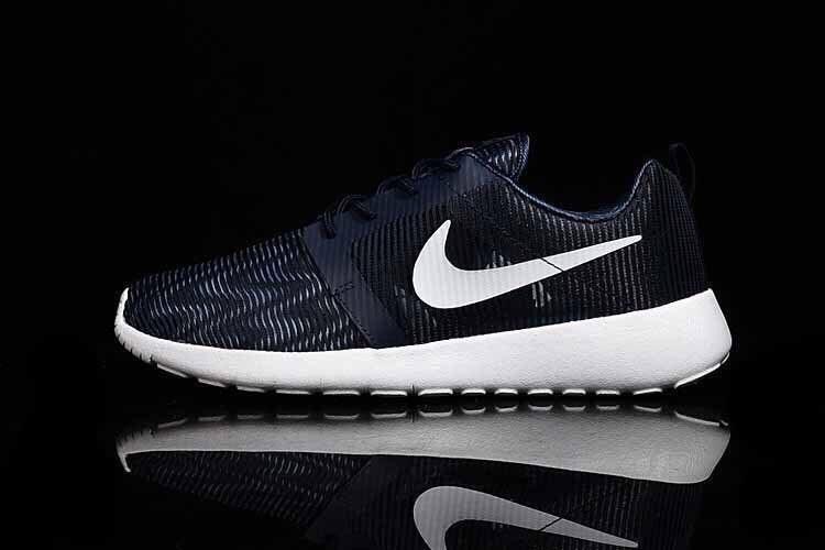 Nike Roshe Run Men's blue (Euro 40