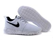 Nike Roshe Run (WhiteWhiteBlack)