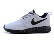 Nike Roshe Run (WhiteWhiteBottom Black)