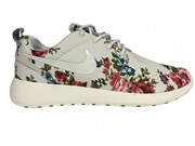 Nike Roshe Run Flowers White (Euro 36-40)