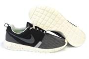 Nike Roshe Run Men's white/black (Euro 40-45)